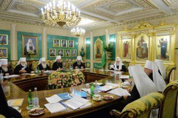 Второй день работы Архиерейского Собора Русской Православной Церкви